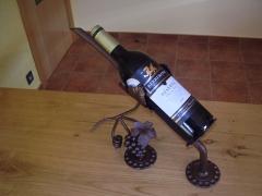 Forja artistica a medida.42 euros iva incluido.no se incluye botella.