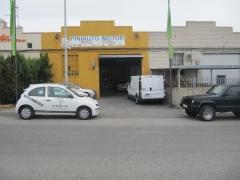 Proyecto de instalaciones de nave industrial destinada a taller de reparaci�n de vehiculos