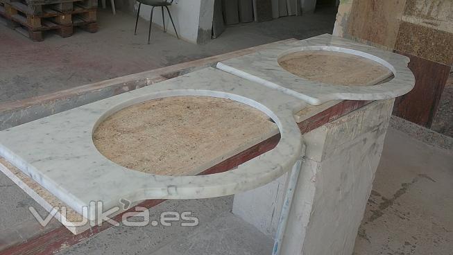Foto lavamanos de m rmol blanco for Lavamanos de marmol