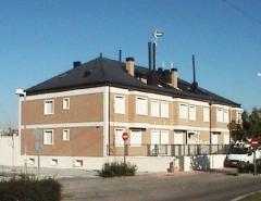 edificio de pisos y apartamentos