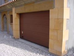 Puertas de garaje imitacion madera