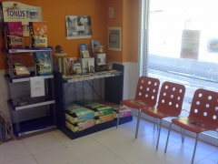 Sala de espera/tienda fuenmayor 2