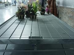 Mesa fija con bandeja de inundaci�n