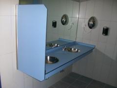 Lavabo con separador urinario