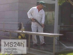 Grup master servei 24h (serveis de neteja professional) - foto 1