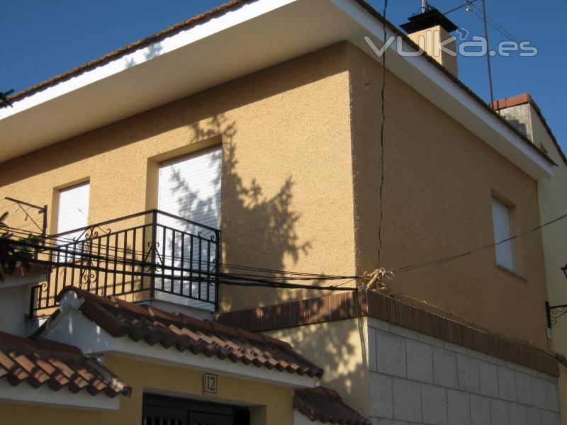 Foto fachada pintada con pintura especial exteriores - Pintura para fachadas exteriores ...