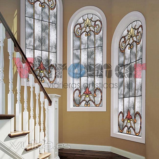 Foto conjunto de 3 vidrieras de dise o clasico para for Apliques para subida de escalera
