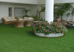 Terraza c�sped artificial