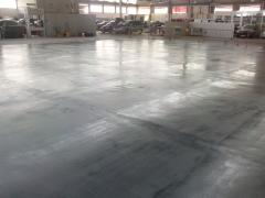 Pavimento taller automoviles en sevilla