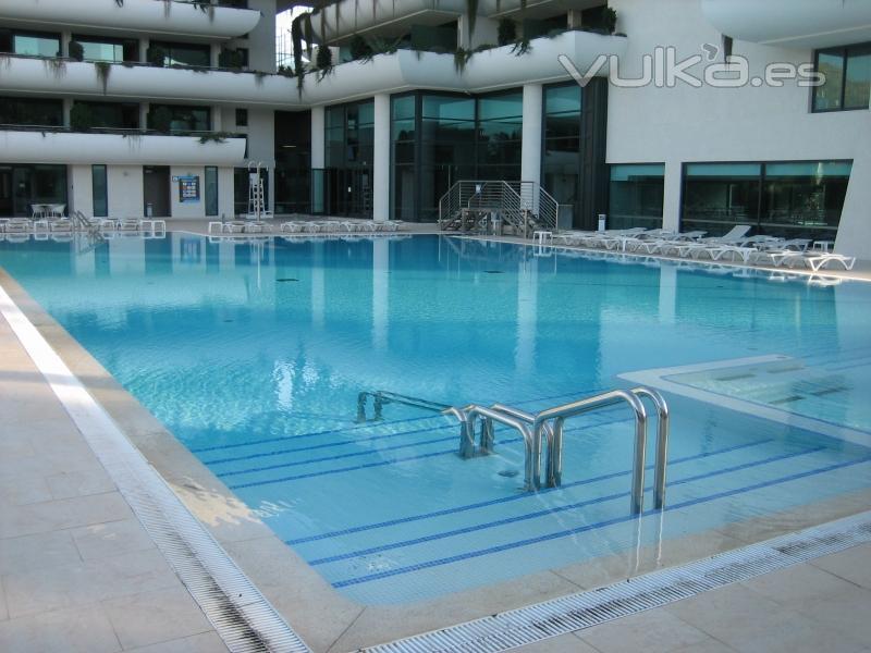 Foto piscival mantenimiento de piscinas for Empresas mantenimiento piscinas
