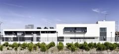Equipamiento y edificio residencial en albacete