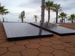 Instalaci�n solar fotovoltaica 2011 aislada de la red universal energy en m�laga