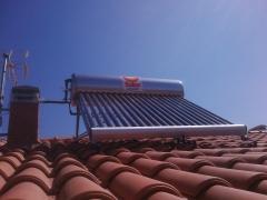 Calentador SOLAR t�rmico UNIVERSAL ENERGY en Toledo 2011