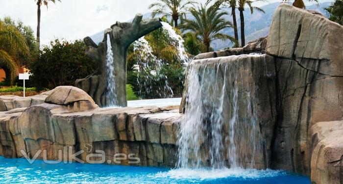 Tematika projects asociados s l for Disenos de cascadas para piscinas