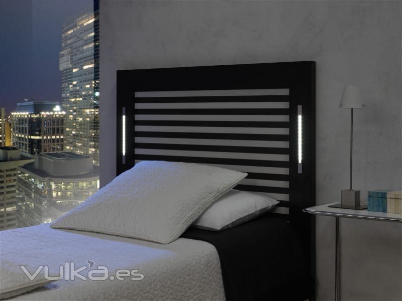 Foto cabecero de cama iluminaci n led incorporada for Lamparas cabezal cama