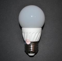 Led globo en ceramica y cristal opaco 3w 300 lumens