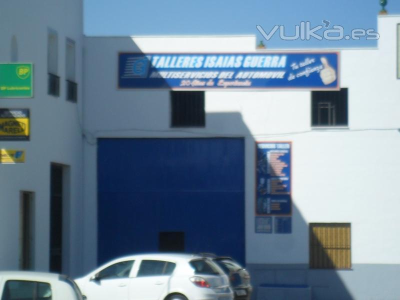GRUAS Y TALLERES ISAIAS GUERRA