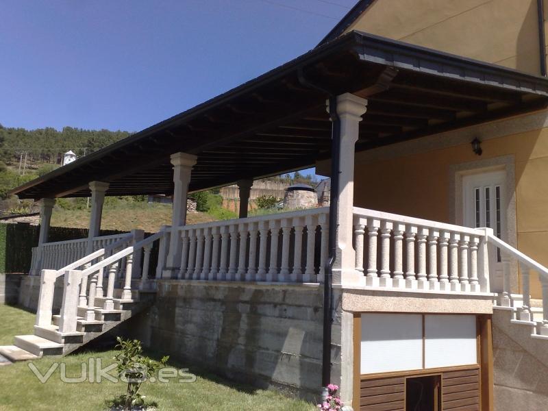 Foto balaustrada con columnas - Balaustres de piedra ...