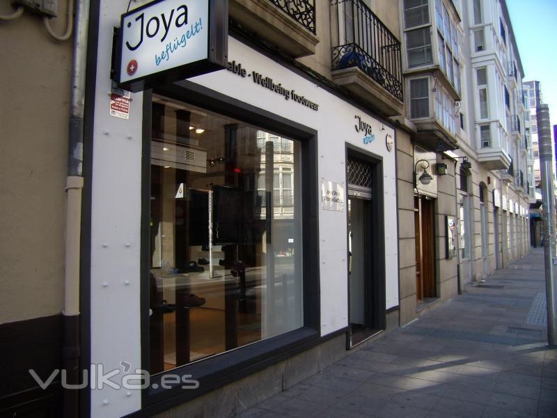 JOYA-SHOP   Vitoria-Gasteiz, Florida,24   Telf .945155149