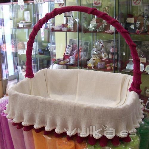 Como forrar cestas para bodas  Imagui