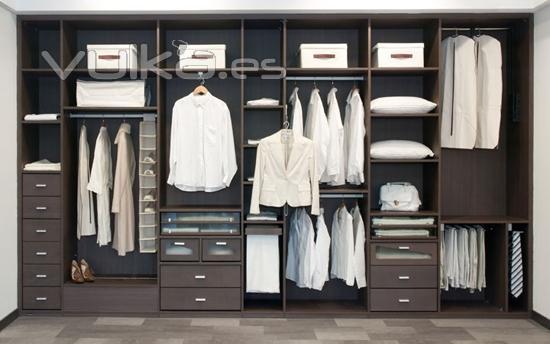 Foto modelo de interior de armario - Modelos de armarios empotrados ...