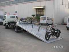 Carrocer�a Portaveh�culos adaptada para el tte. de motos.