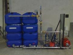 Grupo con variador de velocidad y acumuladores polietileno ad