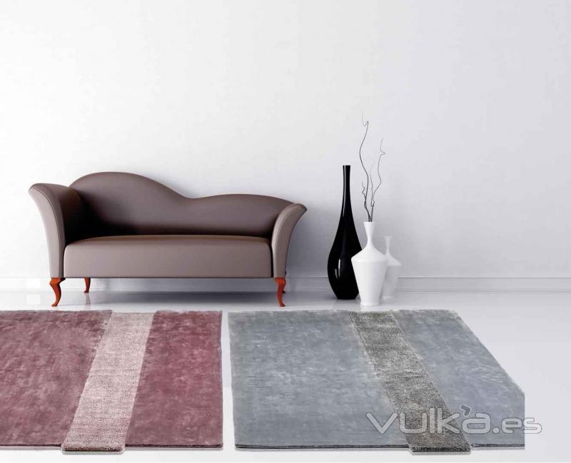 Foto alfombras modernas tuka pi y gy de pablo paniker - Alfombras pablo paniker ...