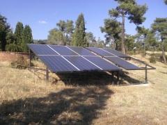 Placas solares en finca unifamiliar.