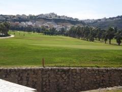 White villas in spain - campo golf frente oficina en rojales