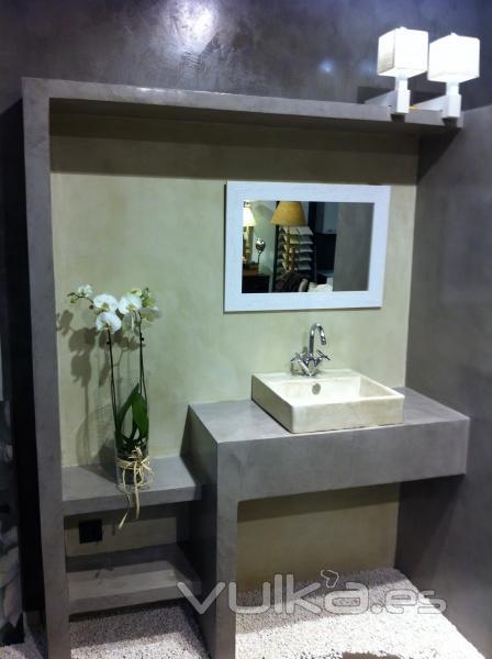 Mueble Baño Microcemento:Baño acabado en microcemento de varios colores