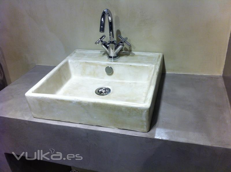 Cuartos De Baño En Microcemento:Aplicacion de microcemento sobre porcelana, a color personalizado