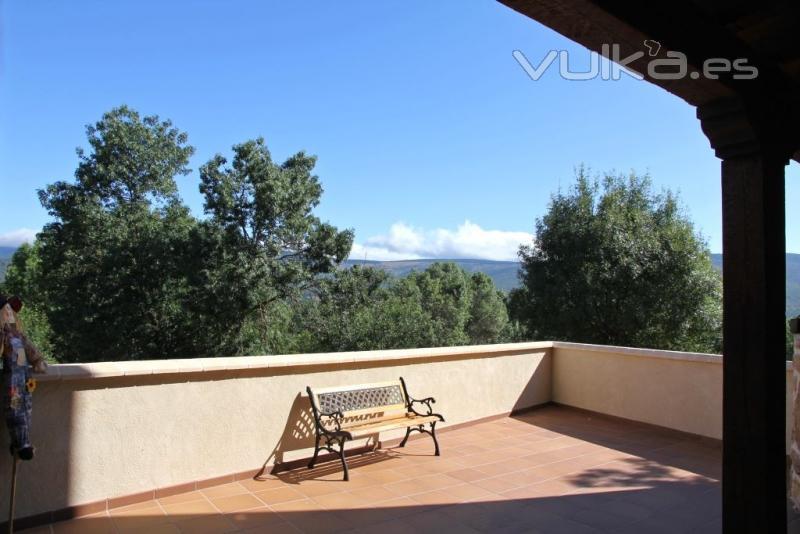 terraza con vistas a cebollera