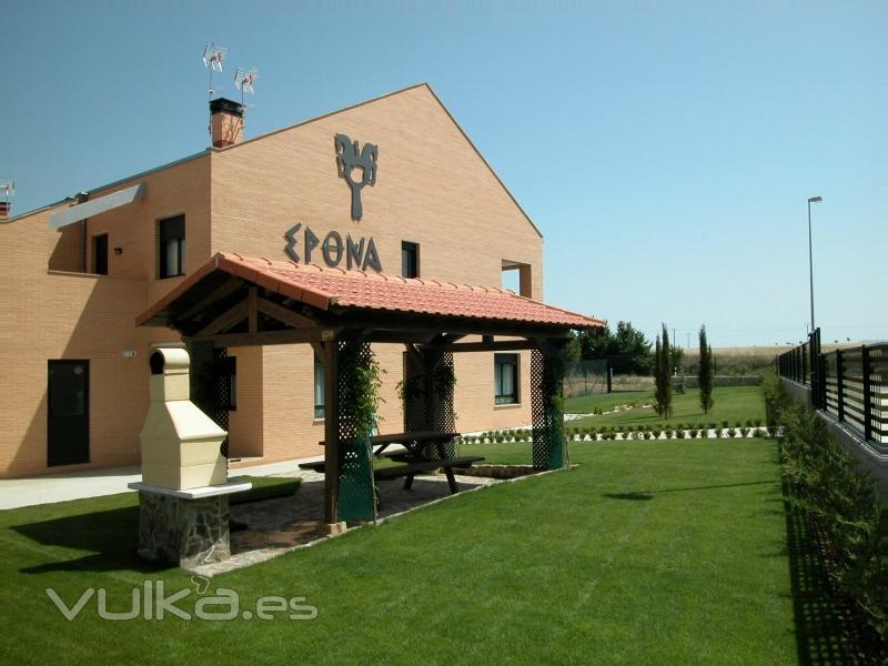 Epona Casa Rural.  Garray (Soria).  Alquiler completo (8-10 personas). (A 3 minutos de Soria Capital)