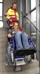 Monta escaleras sano liftkar equipo para profesionales sanitarios, para poder dar movilidad a personas con ...