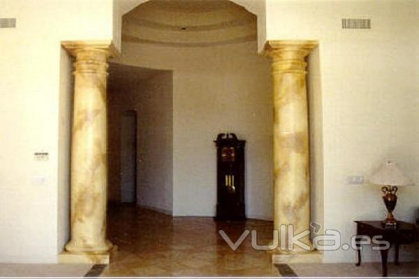 Pintura y decoraci n canaletto sl - Columna de marmol ...