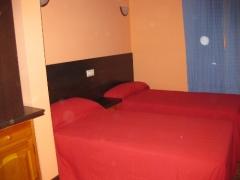 Habitación de dos camas, apartamento para cuatro personas