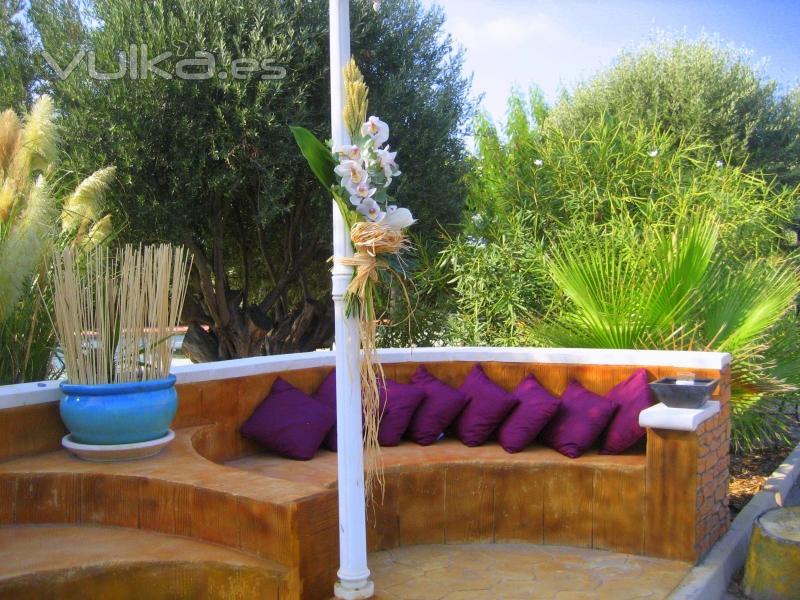 Foto rincones con encanto el banco for Rincones de jardines con encanto