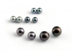 Perlas esf�ricas aaa con medio taladro para el dise�o de pendientes, anillos, boches. consultenos