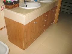 Mueble de ba�o a medida madera de cerezo