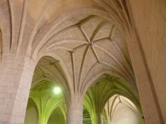 Iglesia parroquial de fuenmayor. limpieza y rejunte de paramentos y bovedas