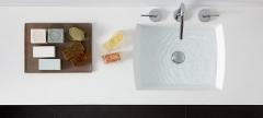 Detalle mobiliario de ba�o dica modelo vita lino natural y nogal blanqueado