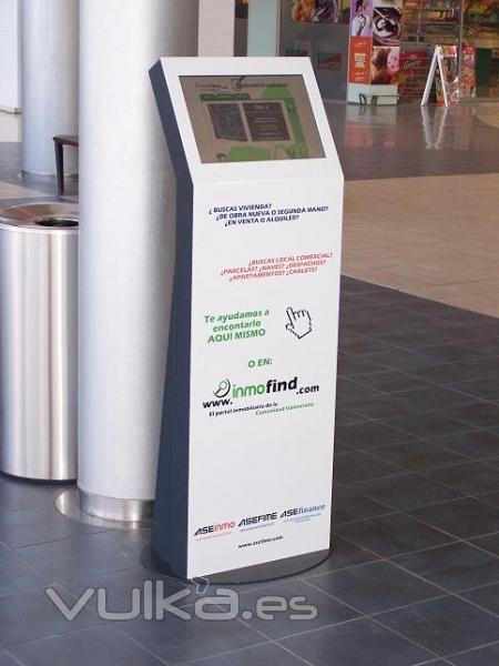 Punto de informaci�n t�ctil en Heron City (Valencia)