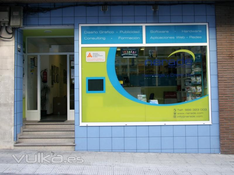 Foto fachada de la empresa nerade dise o web vigo http - Imagenes de fachadas de empresas ...
