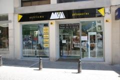 Fachada de la peluquer�a vista desde la Plaza de Andaluc�a