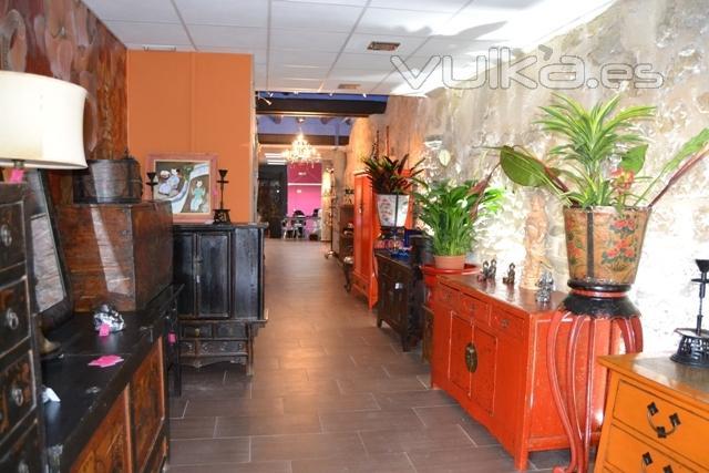 Foto tienda de andrea malumbres en alca iz espacio amd for Muebles alcaniz