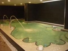 Spas interior climatizado, zona de relax y masaje