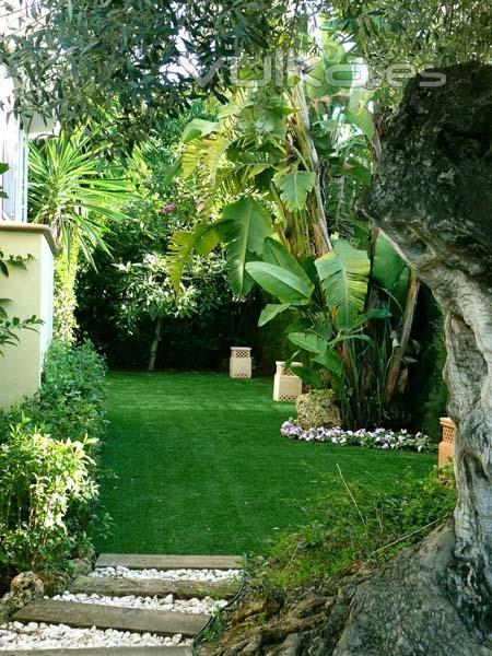 Decojard n c sped sint tico y dise o de jardines for Diseno de jardines fotos