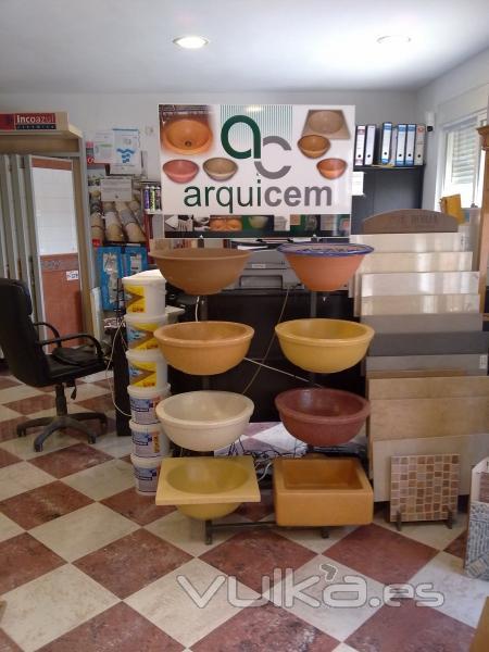 Foto exposicion azulejos ba os lavabos pavimentos etc - Exposicion banos ...