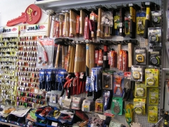Martillos, flexometros y herramientas en general